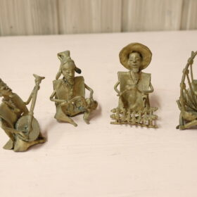 Bass musicians figurines